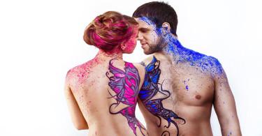anima gemella - coppia nuda che danza